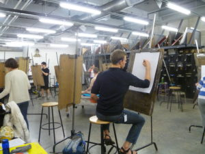 Photo of: uva students drawing in art class
