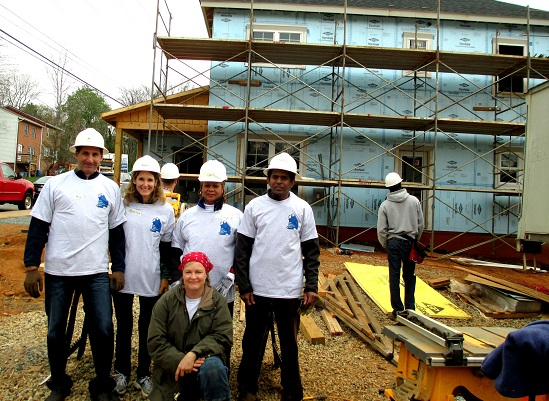 4-DOM-Habitat-Volunteer-4-18-14-1cropped550_400
