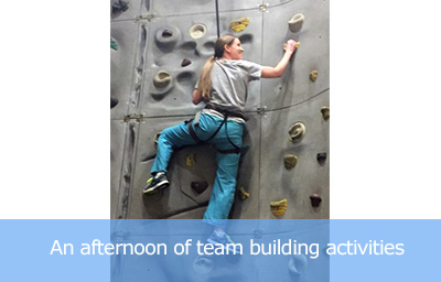 scaling-wall-team-building