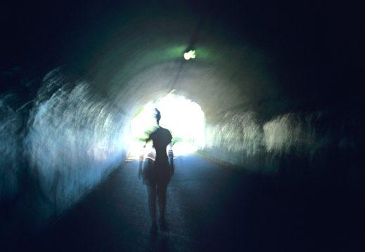 near-death-experience_520x360