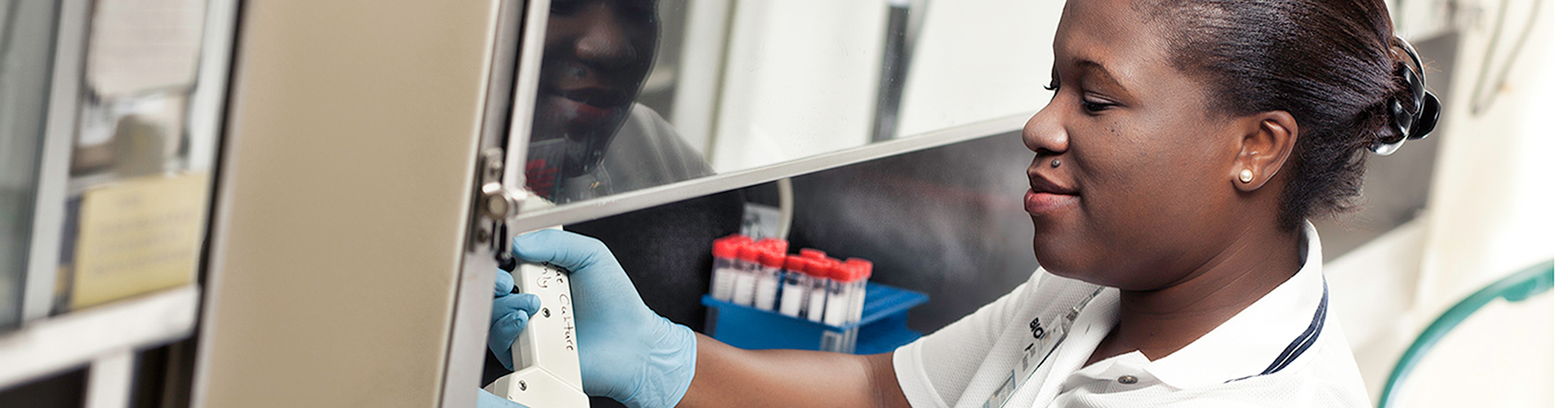 Thaler Center for HIV and Retrovirus Research | University